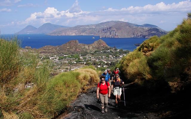 Liparische Inseln - Wandern auf dem Vulkan (Bild: Singlereisen.de)